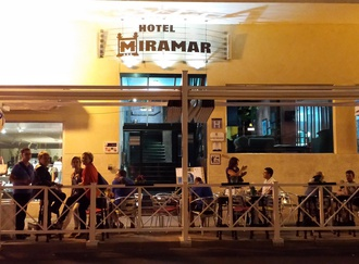 Terrace Hotel Miramar